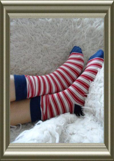 Jongenssokken rood/navy streep van Bonnie Doon